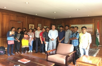 Indian Medical Students of University of Northern Philippines, Vigan City interacting with Ambassador. We encourage Indian students to keep close touch with embassy and more importantly register themselves.