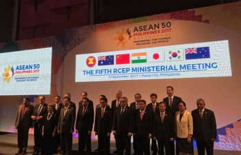 H.E Suresh Prabhu, Minister of Commerce and Industry of India attended the fifth RCEP Ministerial Meeting in Manila, Philippines on 10th September 2017.