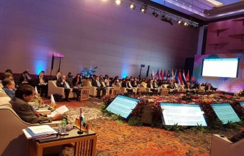 H.E Suresh Prabhu, Minister of Commerce and Industry of India making opening remarks during 5th RCEP Ministerial Meeting in Manila, Philippines on 10 th September 2017.