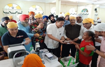 Glimpses of the event — Free Eye Check up and Eyeglasses Distribution Camp organized by the Embassy of the India on the occasion of the 550th Birth Anniversary of Shri Guru Nanak Dev Ji at the Guru Nanak Indian Sikh Temple, Dagupan City on 12 November 2019. The event was attended by Dagupan City Mayor Brian Lim, Embassy officials, members of Sikh community, and local community.