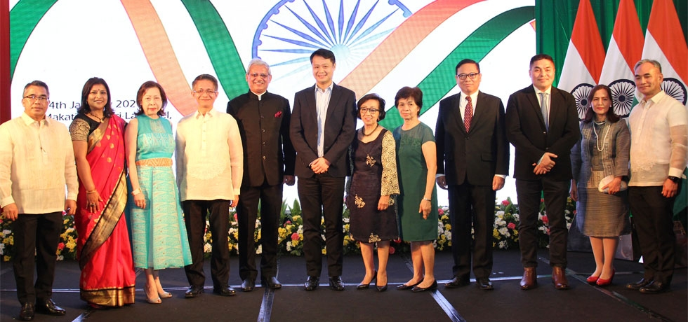 H.E Ambassador Jaideep Mazumdar and Mrs. Parvati C. Mazumdar seen in the picture with the dignitaries of the Philippine Government including the Chief Guest Acting Secretary Eduardo Malaya of the Department of Foreign Affairs(DFA);Mme. Maria Lourdes B. Locsin,Spouse of Secretary Foreign Affairs of the Philippines; Senator Sherwin Gatchalian; Office of the President, Undersecretary Emmanuel Bautista; DTI Undersecretary Abdulgani Macatoman; Ambassador Delia Albert;Ambassador Laura Del Rosario, President, Miriam College; Assistant Secretary Meynardo LB. Montealegre, Office of Asia and Pacific Affairs,DFA; National Defense College President Archimedes H. Viaje, MNSA & Mme. Viaje; during the 71st Republic Day Reception at Makati Shangri-la Hotel in Manila on 24th January 2020.