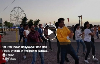 1st Ever Indian Bollywood Flash Mob in the Philippines